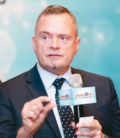 座談會中邀請杜邦營養與健康首席應用專家Anders Henriksson帶來腸胃...