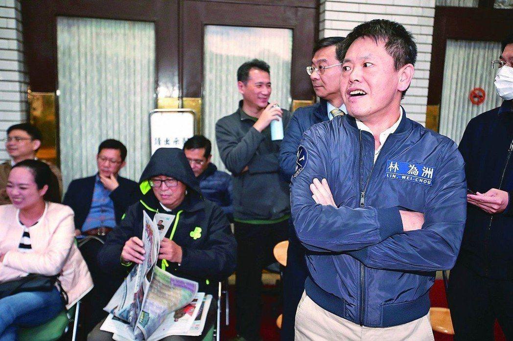 表態參選新竹縣長的國民黨籍立委林為洲(右)。 圖/聯合報系資料照片