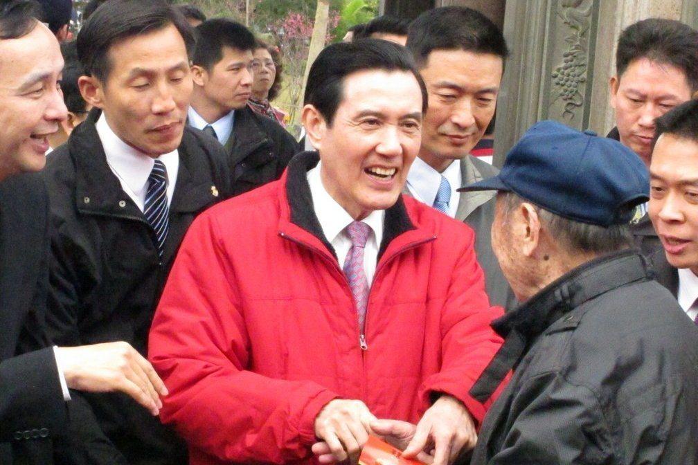 2010年1月8日,前總統馬英九與金溥聰親自出手調解「邱鄭」恩怨。 圖/聯合報系...