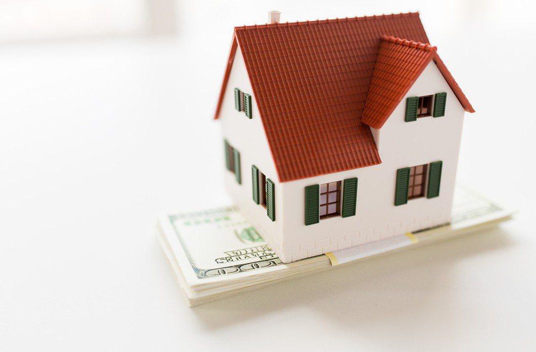 示意圖。投資海外房地產應做好風險管理。律師李永然說,1990年台灣曾有一波賣美國...