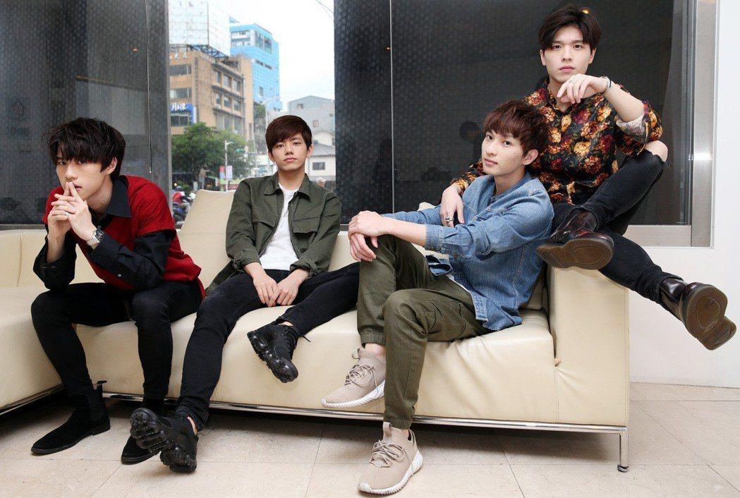 伊林娛樂和日本索尼音樂力推的日系搖滾樂團noovy,由平均年齡20歲的主唱Sha...