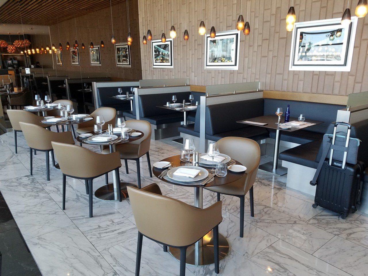 擺放整齊的用餐區,看起來就像高級餐廳一樣 圖文來自於:TripPlus