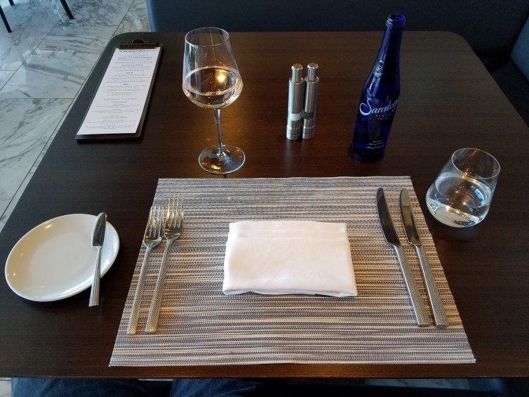 入座後準備用餐 圖文來自於:TripPlus ※ 提醒您:禁止酒駕 飲酒過量有...