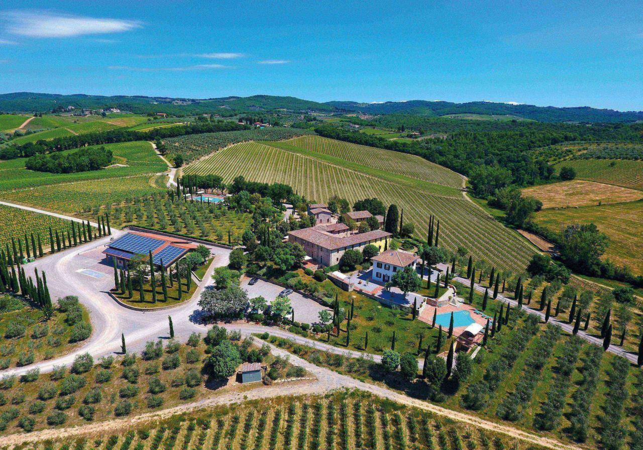 義大利蒙特里久尼「勒加洛佐勒農家樂」距農夫市集僅需短暫車程,方便旅客購入當地的新...