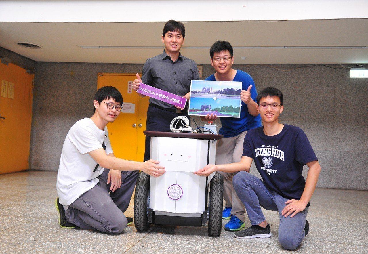 2016年李濬屹即帶領學生參加輝達在台舉辦的嵌入式智能機器人挑戰賽,以新手打敗不...