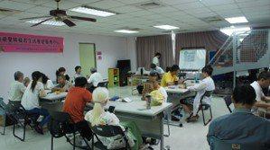 視障朋友參與Android手機課程