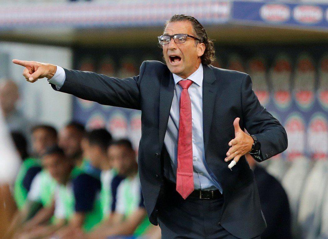 沙烏地阿拉伯隊總教練皮齊(Juan Antonio Pizzi)。路透