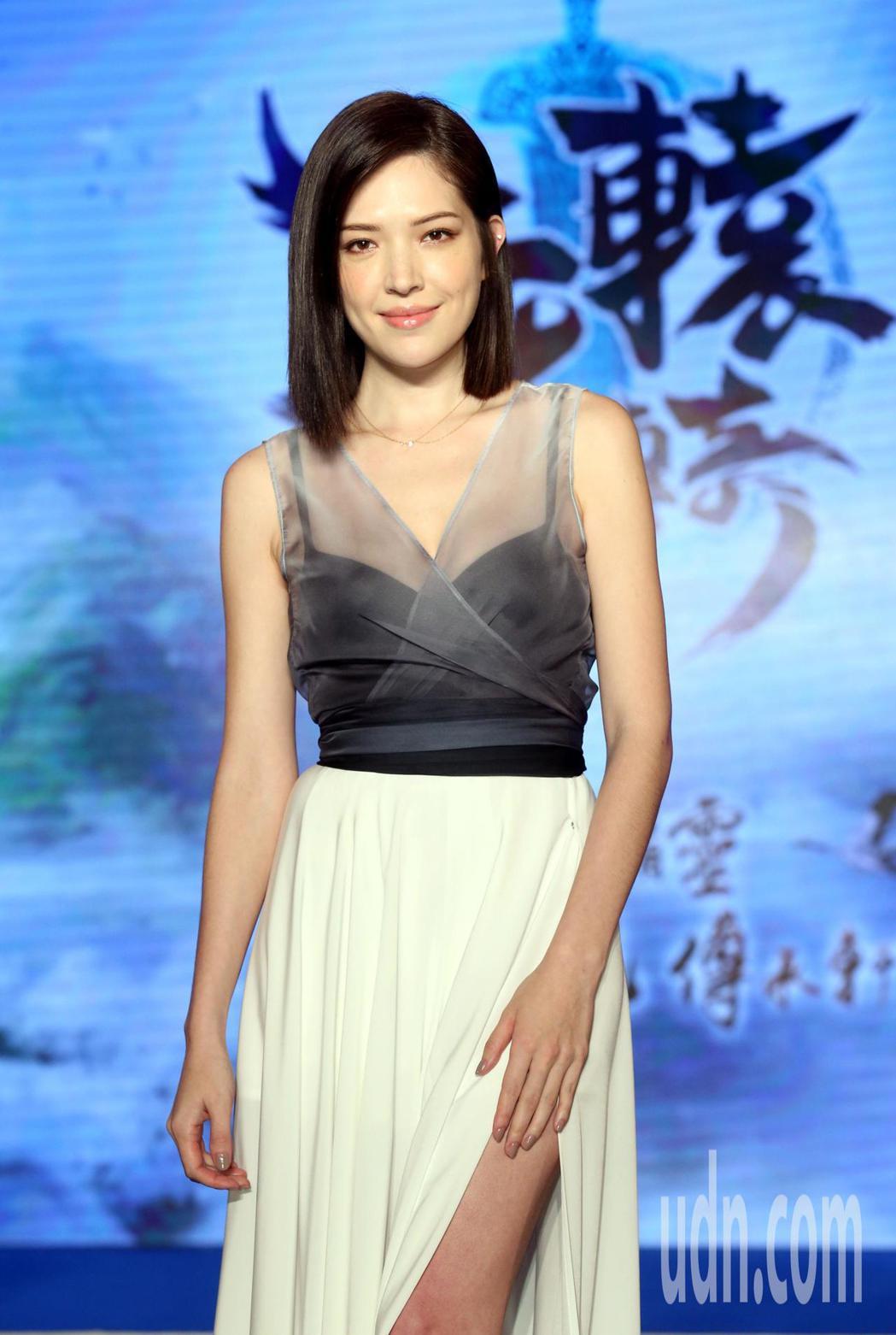 許瑋甯為山海經改編手遊新作《軒轅傳奇》遊戲站台。記者林俊良/攝影