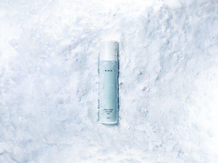 限量的RMK煥膚果馨露(沁涼凝露型)形象圖,有急凍沁涼的視覺效果。圖/RMK提供