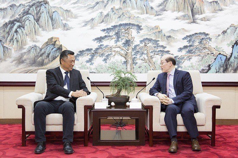 大陸國台辦主任劉結一6月1日在北京會見國民黨立委訪問團。(國台辦官網)