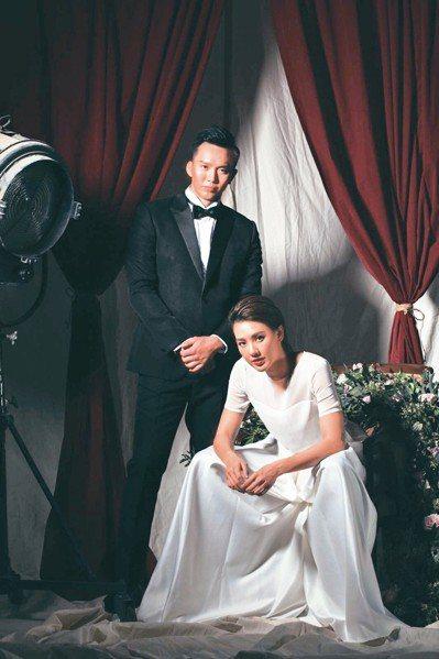 劉雨柔(右)霸氣拍婚紗,今天嫁給黃育仁。 圖/米兔哥娛樂提供