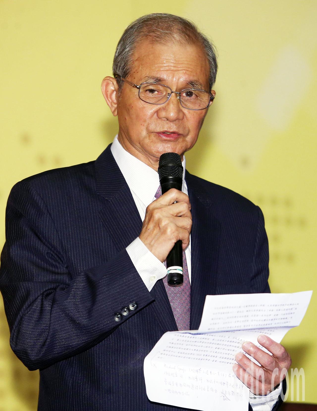 「21世紀新興全球秩序之探索」學術研討會由台灣研究基金會董事長黃煌雄致詞歡迎與會...