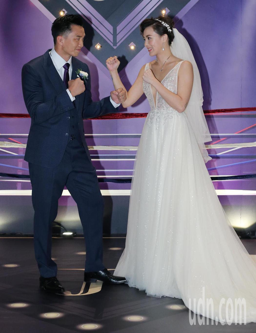 藝人劉雨柔與健身教練黃育仁舉辦婚禮。記者許正宏/攝影