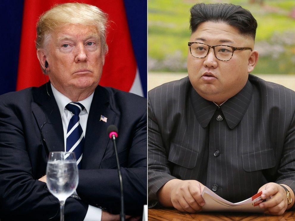 川普(左)與北韓領袖金正恩(右)的峰會12日舉行。 美聯社