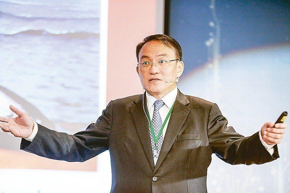 泌尿科權威邱文祥,以無黨籍身分參選台北市長。 圖/聯合報系資料照片