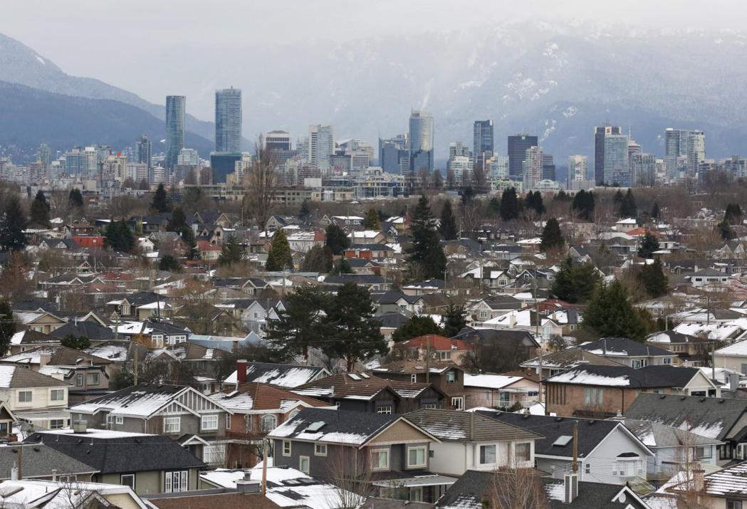 溫哥華風景優美且氣候宜人,近年出現前所未見的房市熱潮。 (路透)