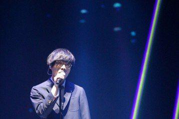2018hito流行音樂獎在台北小巨蛋舉行頒獎典禮,盧廣仲表演。