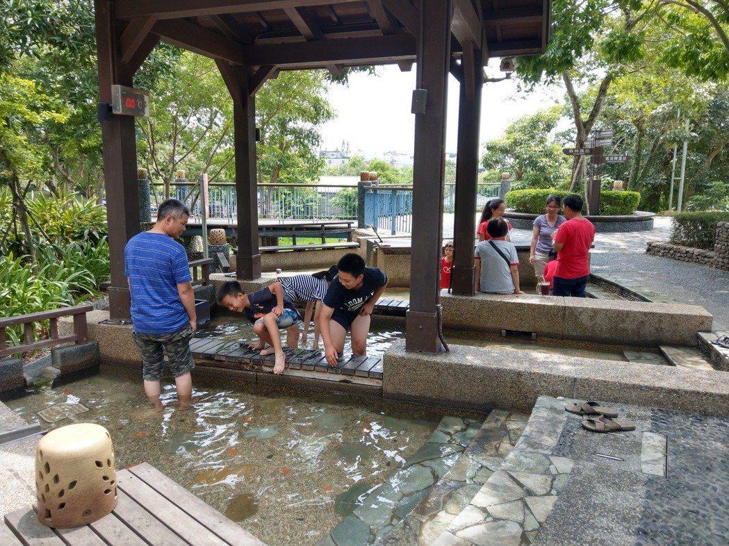 宜蘭縣決定把溫泉季活動提早到9月初舉辦,主場地移到礁溪溫泉公園。 記者戴永華/攝...