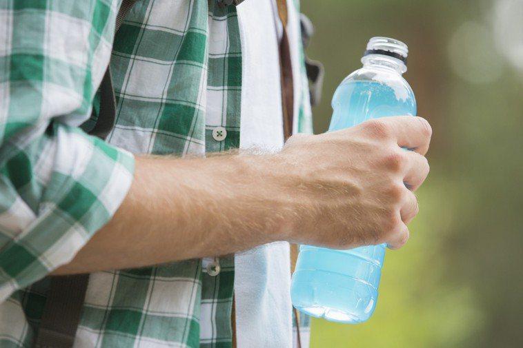 運動飲料怎麼喝、何時喝才最有效? 圖/ingimage