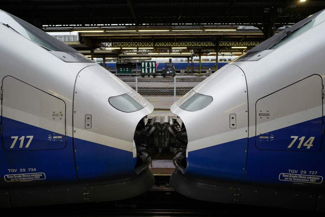建造高鐵必然有利有弊,端看政府與民眾如何管理、監督,以及對國家未來的想像與規劃。...