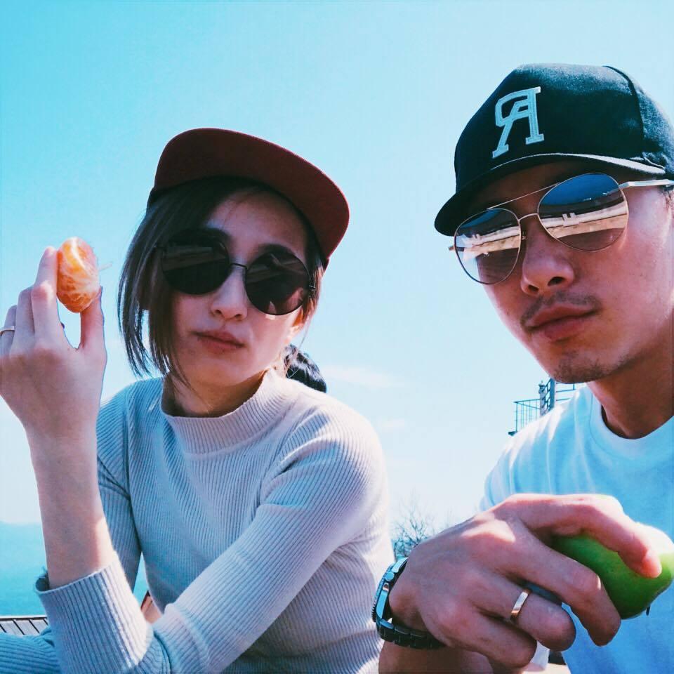 柯佳嬿(左)與坤達(右)婚後感情生活甜蜜。 圖/擷自柯佳嬿臉書