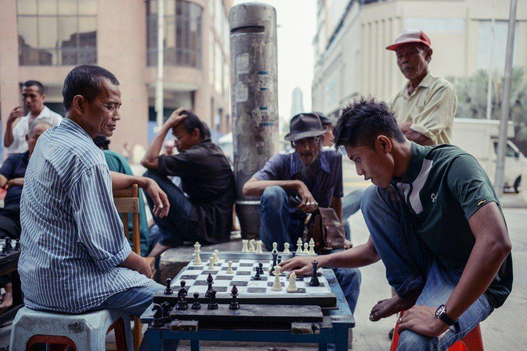吉隆坡街頭。重返執政的馬哈迪強調,大馬的發展應有自己的模式,而不是複製他國。 圖...