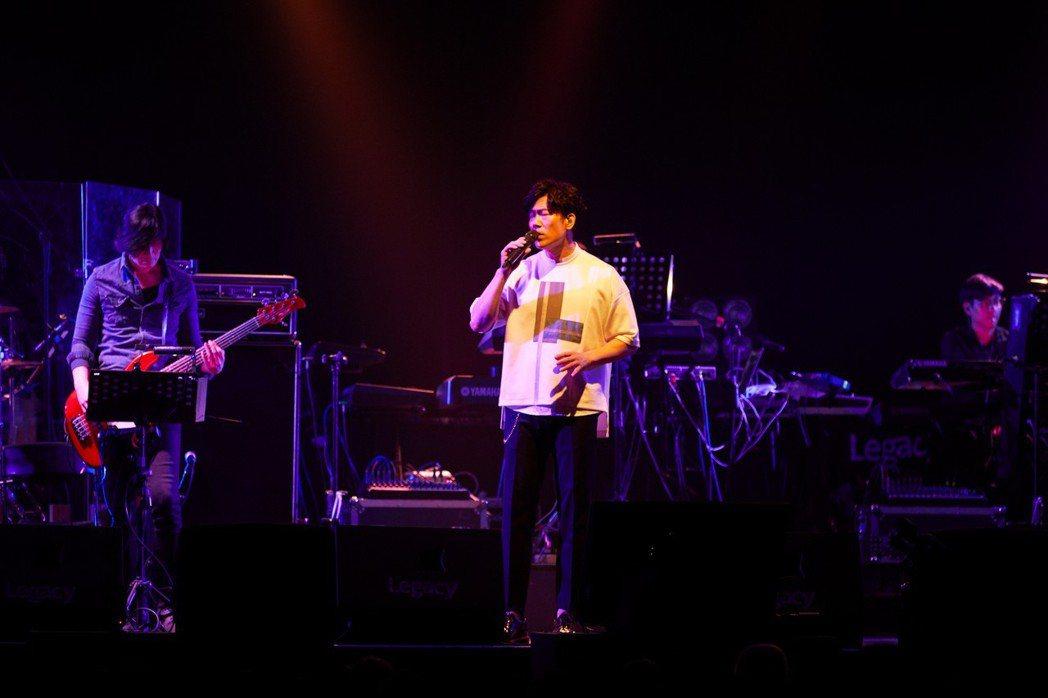 羅時豐3日在台北Legacy開唱。圖/海蝶音樂提供