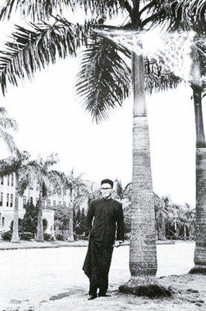 1957年,在台大讀書的李敖。(圖/本報資料照片)