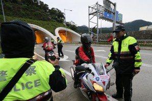 呂紹榕/大型重機上國道(下):降低重機國道事故風險,一味禁絕非出路