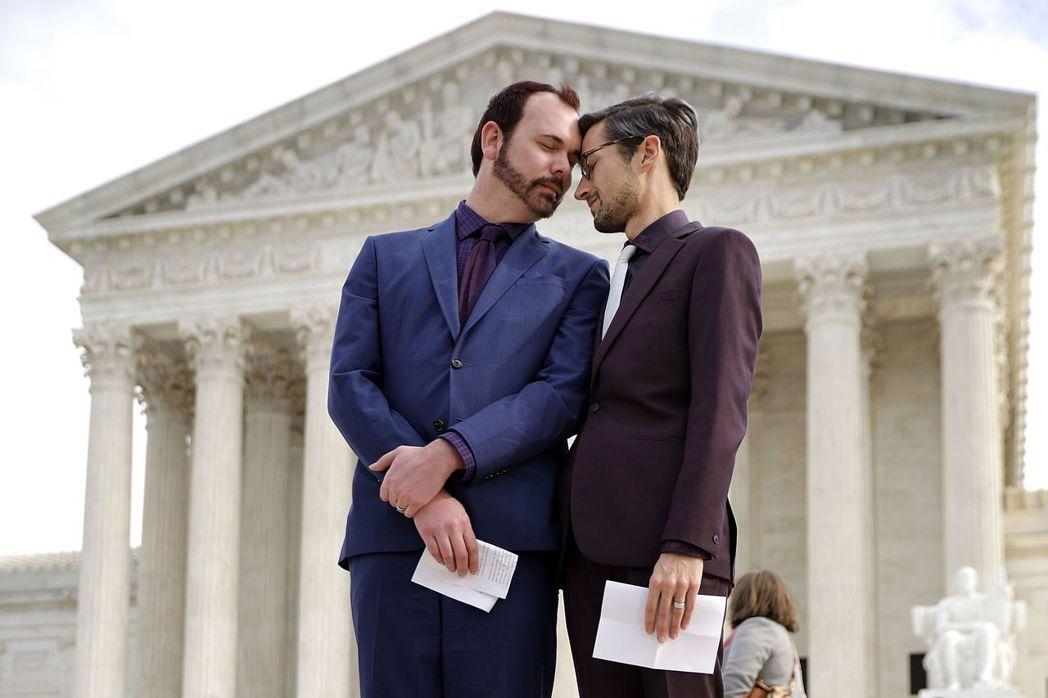 同性戀伴侶馬林斯與克萊格,於2012年7月19日時希望訂製結婚蛋糕卻被拒絕。兩人...