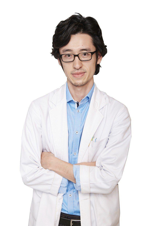 諮詢醫師好萊塢診所 何國榮醫師 圖/好萊塢診所 提供