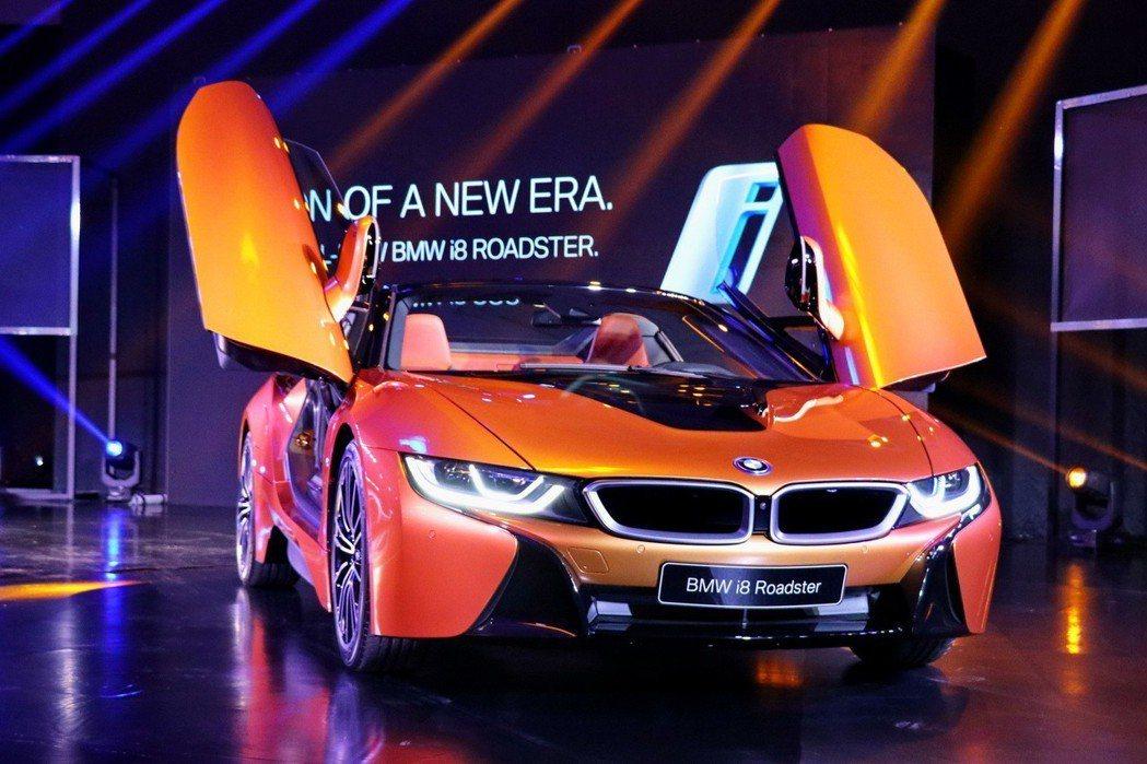 BMW i8 Roadster。 記者陳威任/攝影