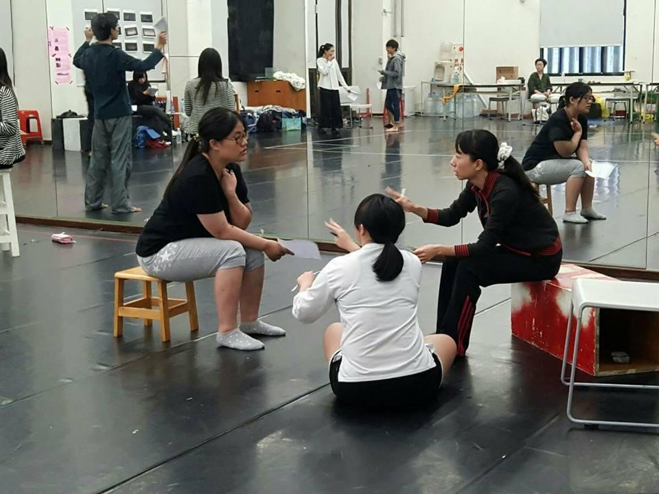 劇本創作討論與舞台實作練習。 林凱祥/攝影