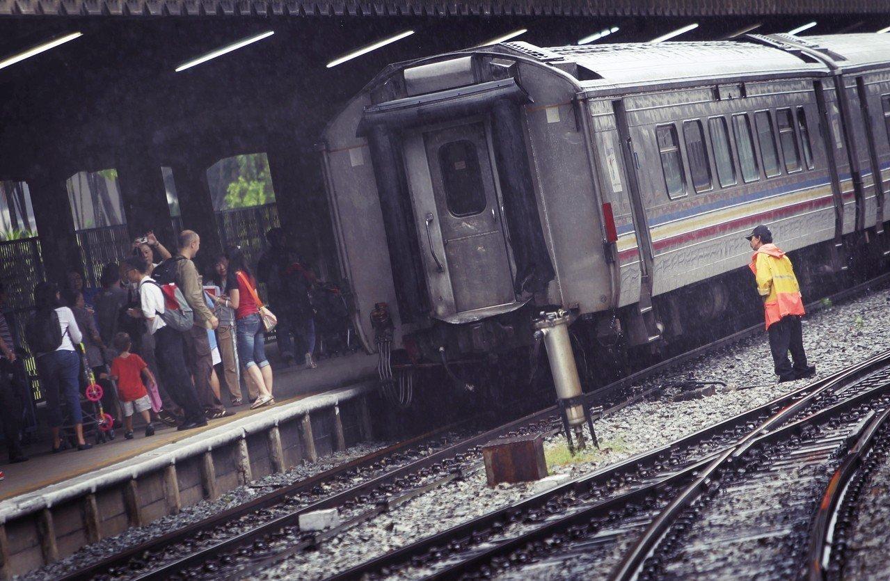 用高铁连结星马,真的不好吗?图为新加坡的丹戎巴葛火车总站,直到2011年6月,这...