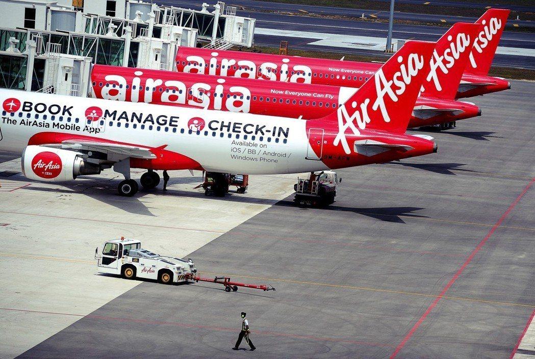 去年吉隆坡到新加坡航線乃是世界最繁忙,全賴廉航之功。若高鐵開通,可以想見廉航勢必...
