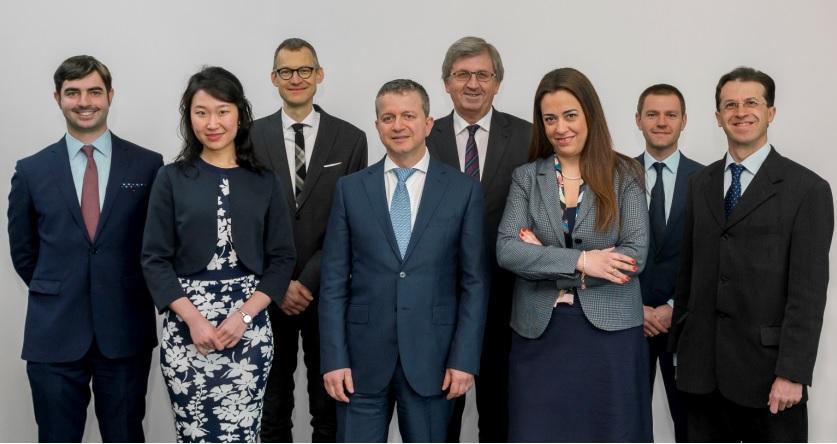 歐洲審計院(ECA)的審計委員團隊,負責歐盟整體的財政管理及監督。 圖/截自EC...