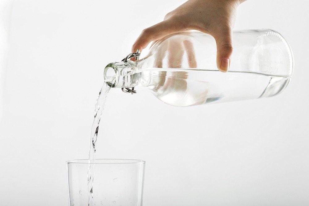 健康意識抬頭,人們開始選擇無糖、無熱量的水,帶有汽水口感的氣泡水也成為近期的新寵...