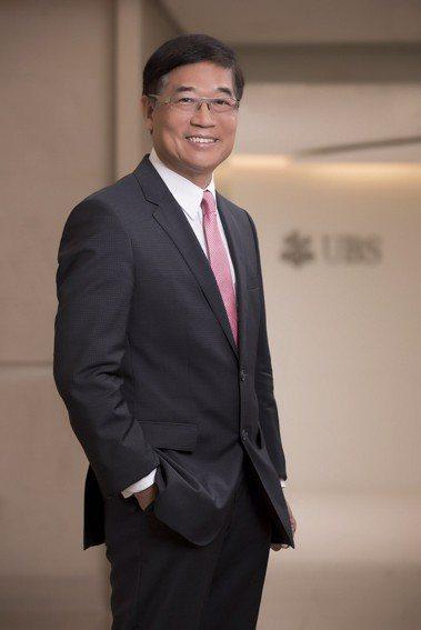 瑞銀台灣區財富管理副董事長劉瑞霖說,富不過三代的魔咒,可能是真的。圖/瑞銀提供