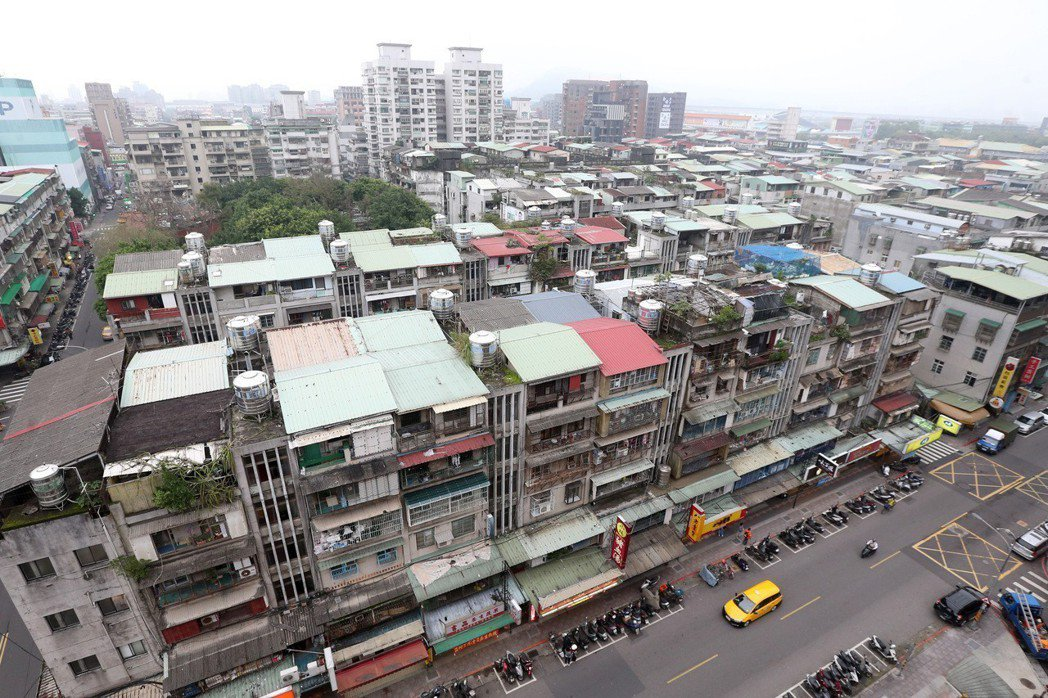 台北市2016年通過《北市公辦都更實施辦法》。圖/報系資料照
