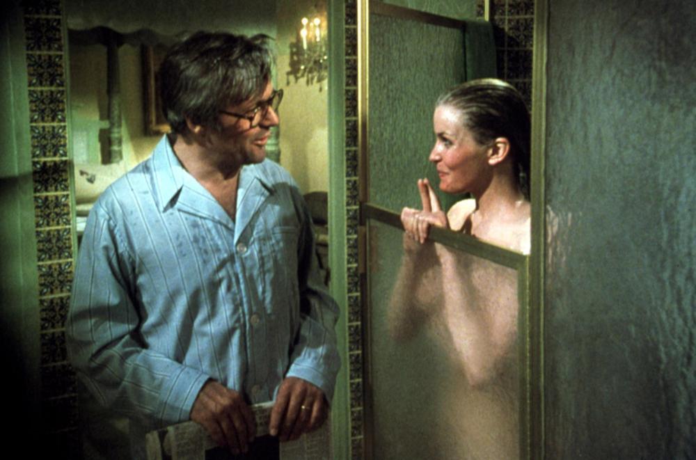 波德瑞克在安東尼霍普金斯面前全裸淋浴,極為誘人。圖/摘自Cineplex