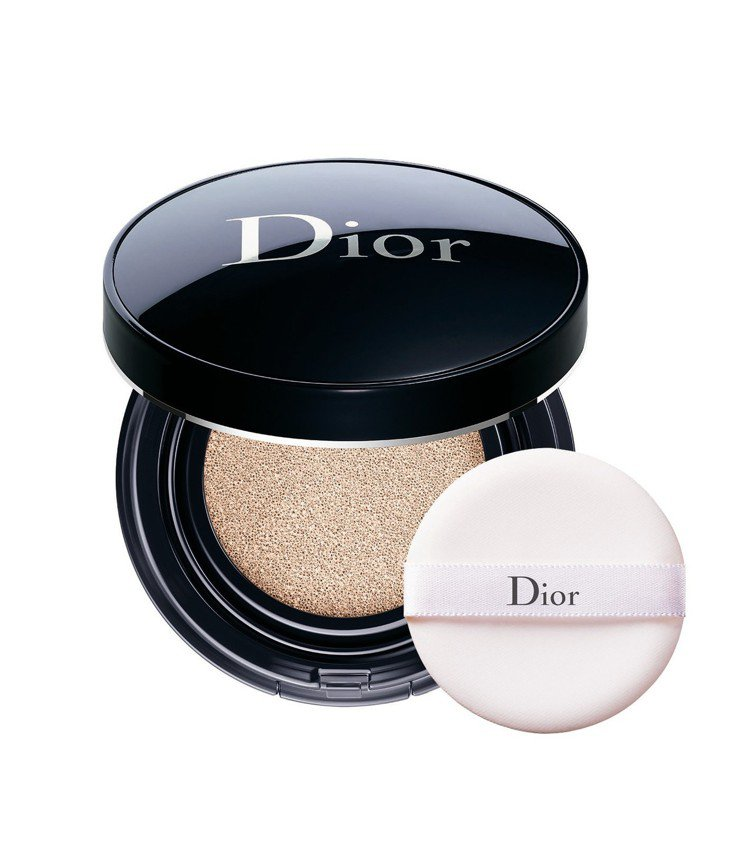 Yahoo奇摩百萬人氣美妝榜第9名: Dior迪奧超完美持久氣墊粉餅,售價1,8...