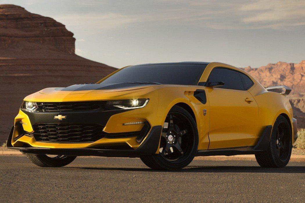 第5集就進化成帥氣的Chevrolet Camaro ZL1。 摘自Chevrolet