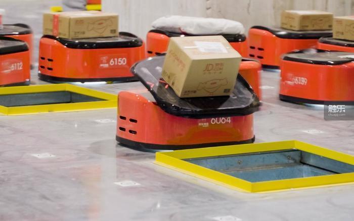 現實世界已經實現的自動化搬運是保證用戶按時拿到快遞的關鍵之一
