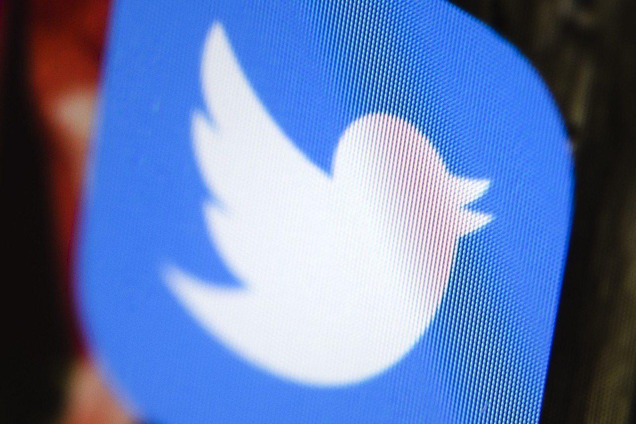 推特入選標普500指數,股價應聲大漲。 美聯社