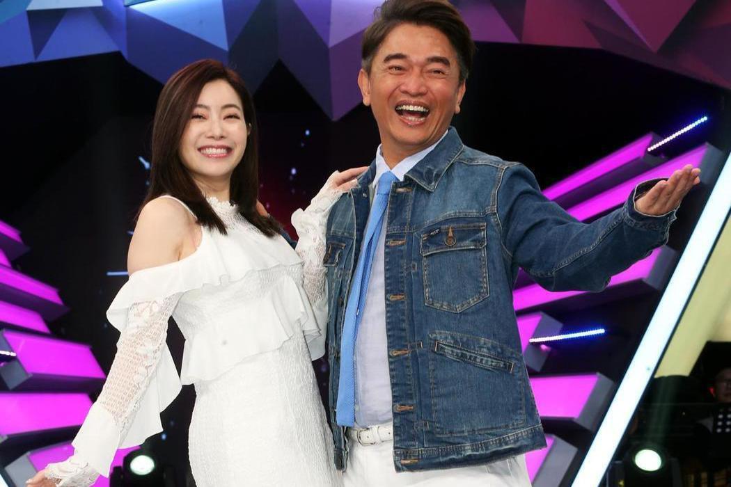 吳宗憲(右)和徐懷鈺有20多年的交情,而且她才剛開完演唱會,符合吳宗憲指射。本報...