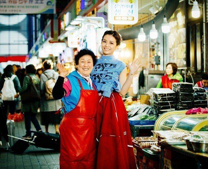 宋芸樺到釜山拍攝雜誌封面。圖/群星瑞智提供