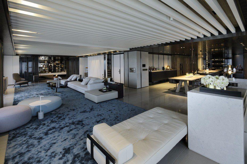 大坪數豪宅採毛坯交屋,室內空間可依主人喜愛打造。 圖片提供/京城建設