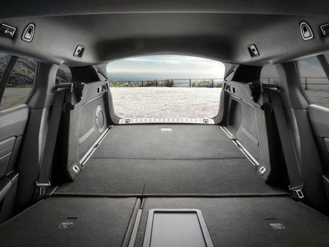 高達1780 L的後行李廂空間,可以容納任何你想載的物品。 摘自Peugeot