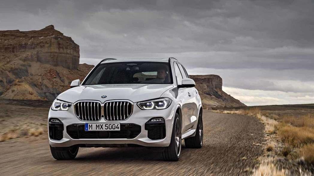 全新BMW X5(G05)在今年六月初無預警亮相! 摘自BMW