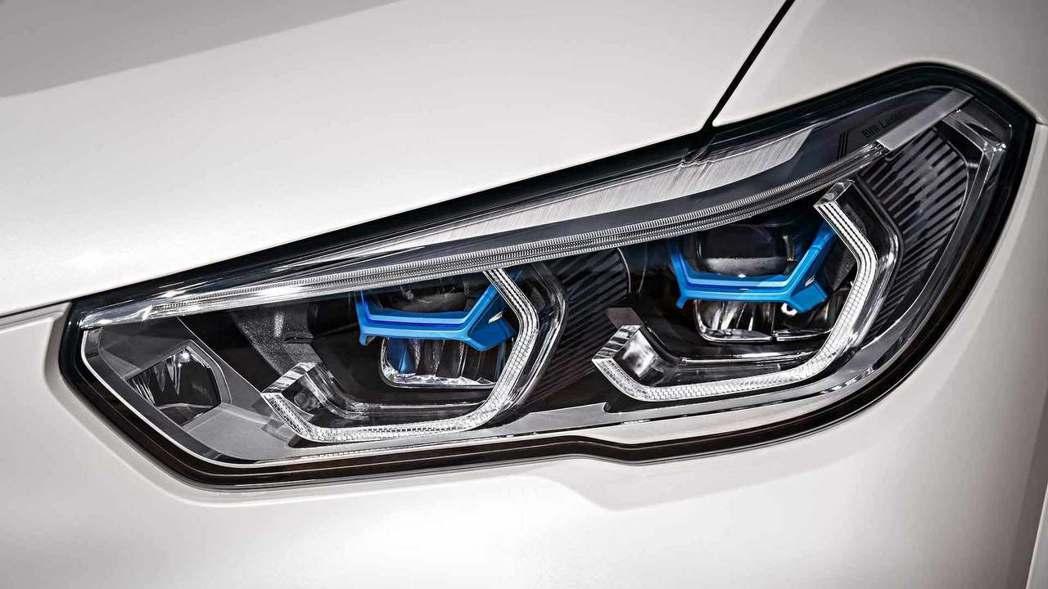 全新BMW X5(G05)提供雷射頭燈選配。 摘自BMW